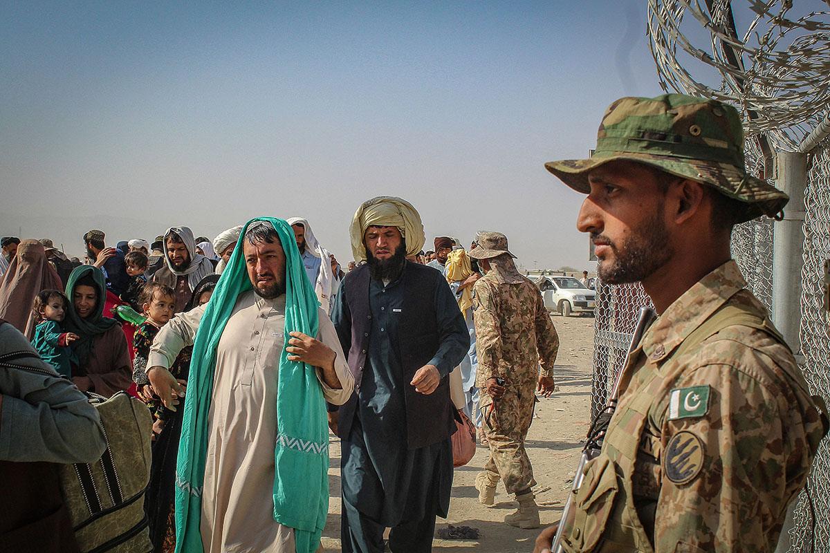 ¿Con quién ha estado Pakistán en el conflicto afgano?