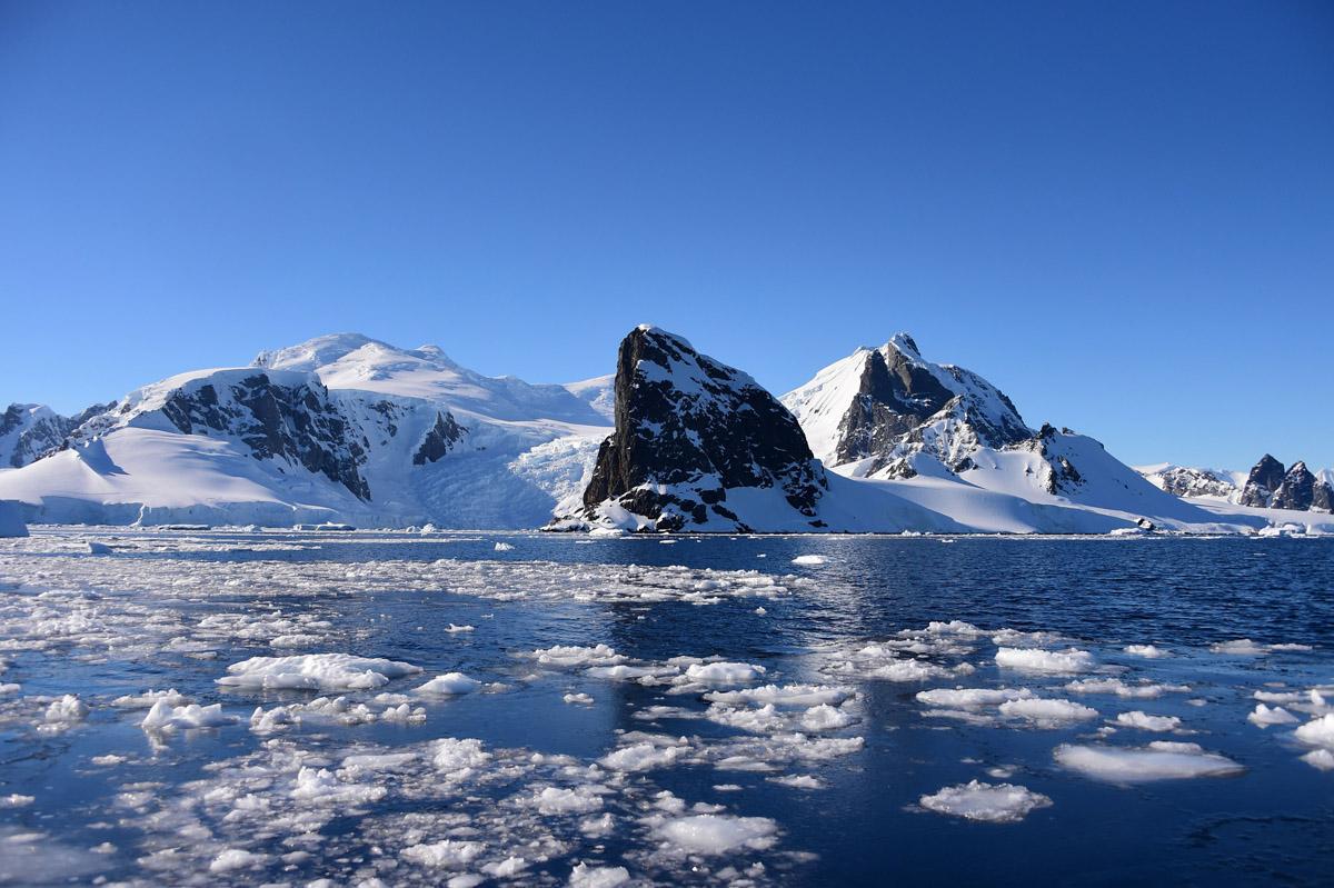 Sesenta años del Tratado Antártico