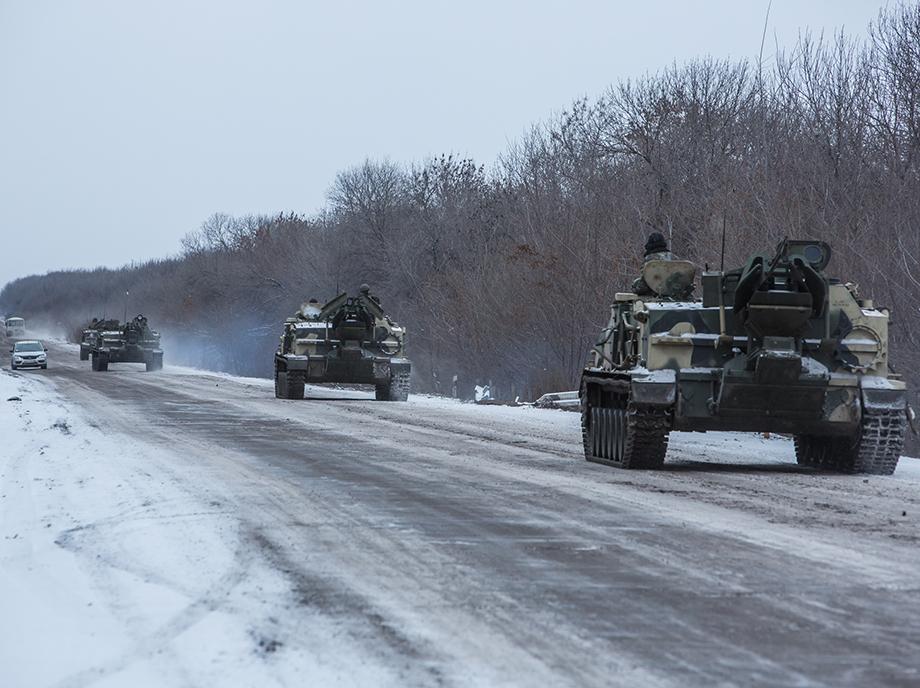 La lucha entre secesionistas prorrusos y el ejército ucraniano en Debaltseve amenaza el alto al fuego acordado en Minsk