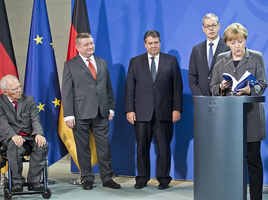 Las divisiones en Berlín no enfrentan a defensores y detractores de los recortes, sino a creyentes moderados y radicales de las políticas de austeridad.