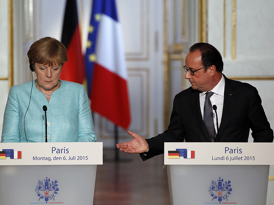 Francia necesita preservar una apariencia de relevancia porque cada vez es más evidente su papel secundario en una Unión Europea liderada por Alemania.